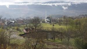 Bosznia Hercegovina területének nagyobbik része hegyvidék, lakosságának nagyobbik fele pedig iszlám vallású.