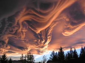 Az Undulatus asperatus felhők nagyon fenyegetően néznek ki...