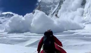Testközelben a lavina (Forrás: internet)