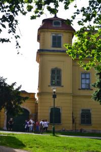 Korábban kollégiumként hasznosították - Tata, Eszterházy-kastély) (Fotó: Harsáczki György)