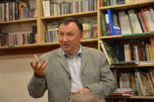 Csete Örs, a könyv szerkesztője, fotósa