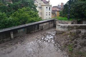 Időszakos mocsár és víznyelési pont... (Fotó: Harsi)