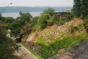A Tryon Parkban 88 méter magasból nézhetünk le a Hudson-folyóra