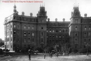 A palota - fénykorában (Fotó: 444.hu)